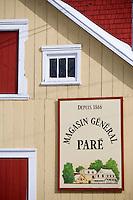 Amérique/Amérique du Nord/Canada/Québec/  Deschambault: Détail habitat en bois du Magasin général  Paré - Chemin du Roy