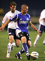 2 April 2005:   Wade Barrett of Earthquakes against Revolution at Spartan Stadium in San Jose, California.   Earthquakes and Revolutions tied at 2-2.  Credit: Michael Pimentel / ISI