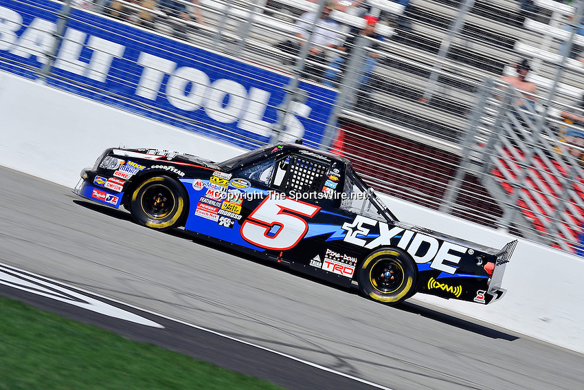 Mar 07, 2009; 2:35:50 PM; Hampton, GA, USA; NASCAR Camping World Truck Series race for the American Commercial Lines 200 at the Atlanta Motor Speedway.  Mandatory Credit: (thesportswire.net)