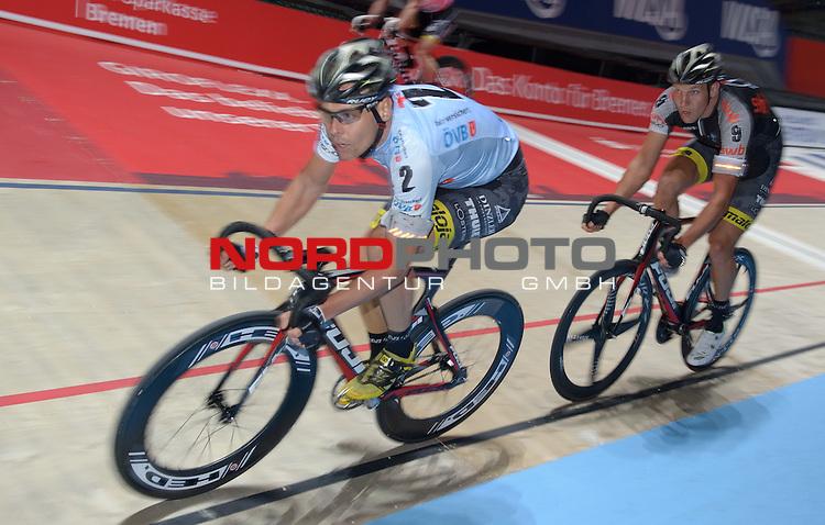 09.01.2015, &Ouml;VB Arena, Bremen, GER, Sixdays Bremen, im Bild Leif Lampater (Team &Ouml;VB #2), Marcel Kalz (Team swb #9)<br /> <br /> Foto &copy; nordphoto / Frisch