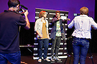 Utrecht, 25 september 2014<br /> Nederlands Film Festival<br /> Shorts; The Pitch<br /> Joris Weerts en Martijn Lenten pitchen 'Fobe'.<br /> Pandora zaal Tivoli/Vredenburg<br /> Foto Felix Kalkman