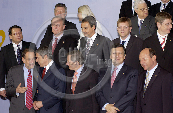 Brussels-Belgium - 16 June 2005---As a traditional event on the European Councils, the Heads of State/Government and their Foreign Ministers pose for a family picture; here, first row from left to right: Javier SOLANA, HIgh Representative of the EU for the Common Foreign and Security Policy; José SOCRATES, Prime Minister of Portugal; Wolfgang SCHUESSEL (Schüssel), Federal Chancellor of Asutria; José Manuel BARROSO, President of the European Commission; Traian BASESCU, President of Romania; second row from left to right: Jiri PAROUBEK, Prime Mnister of Czech Republic; GOERAN (Göran) PERSSON, Prime Minister of Sweden; José Luis Rodríguez ZAPATERO, Prime Minister of Spain;  Guy VERHOFSTADT, Prime Minister of Belgium; Ferenc GYURCSÁNY, Prime Minister of Hungría; third row from left to right: .Karel de GUCHT, Foreign Minister of Belgium; Leila FREIVALDS, foreign Minister of Sweden; Diogo Freitas do AMARAL, Foreign Minister of Portugal ---Photo: Horst Wagner/eup-images