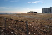 1989 February 01..Conservation.West Ocean View...PINEWELL BY THE BAY.OCEAN VIEW PARK.SITE IMPROVEMENTS...NEG#.NRHA#..