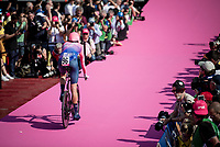 Hugh Carthy (GBR/EF Education First) entering the Verona amphitheater after finishing the closing iTT<br /> <br /> Stage 21 (ITT): Verona to Verona (17km)<br /> 102nd Giro d'Italia 2019<br /> <br /> ©kramon