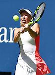 Caroline Wozniacki (DEN) defeated Monica Niculescu (ROU) 6-3, 6-1