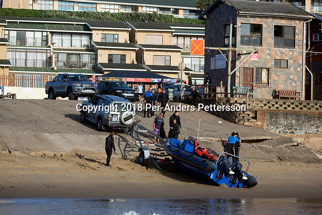 MARGATE, SOUTH AFRICA APRIL 25: Divers prepare to go on a shark dive trip, with an African Adventure diving boat, during an early morning dive at Protea Banks on April 25, 2018 in KwaZulu Natal, South Africa. The area is one of the best in South Africa for shark encounters. (Photo by: Per-Anders Pettersson/Getty Images)