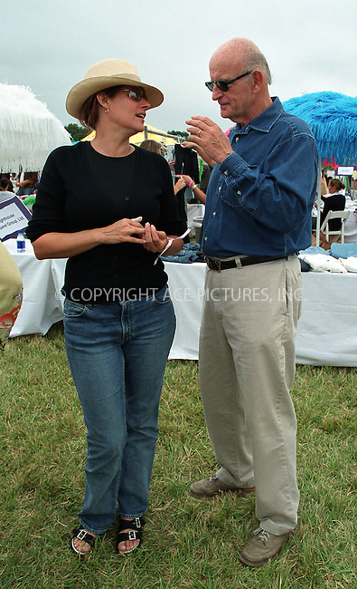"Lorraine Bracco and Peter Boyle at the Fifth Annual ""Super Saturday"" designer sale and family event to benefit the ovarian cancer research fund. Water Mill, Long Island. July 27, 2002. Please byline: Alecsey Boldeskul/NY Photo Press.   ..*PAY-PER-USE*      ....NY Photo Press:  ..phone (646) 267-6913;   ..e-mail: info@nyphotopress.com"