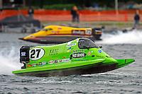 Carlos Mendana (#27) and Lynn Simberger (#72)     (Formula 1/F1/Champ class)