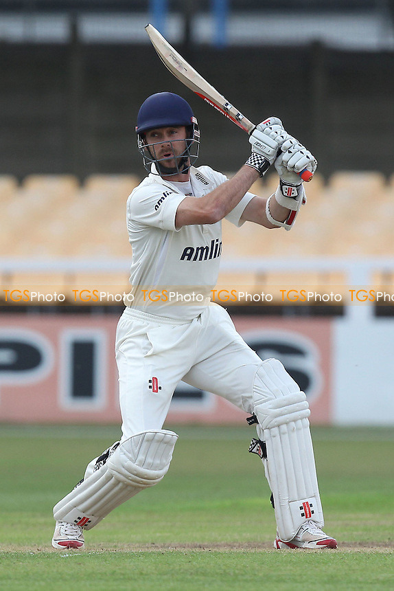 James Foster in batting action for Essex - Leicestershire CCC vs Essex CCC - LV County Championship Division Two Cricket at Grace Road, Leicester - 15/09/14 - MANDATORY CREDIT: Gavin Ellis/TGSPHOTO - Self billing applies where appropriate - contact@tgsphoto.co.uk - NO UNPAID USE