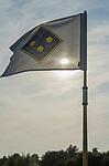 DEN DOLDER - Vlag met logo. Golfsocieteit De Lage Vuursche. COPYRIGHT KOEN SUYK