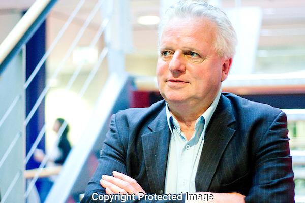 Utrecht, 27-09-2010.Nederlandsfilmfestival..Portret Ruud Hof, docent Midden Oosten Hogeschool Utrecht.Foto: Robert Tjalondo