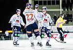 Uppsala 2014-12-10 Bandy Elitserien IK Sirius - Bolln&auml;s GIF :  <br /> Bolln&auml;s Ville Aaltonen gratuleras av P&auml;r T&ouml;rnberg efter sitt 0-1 m&aring;l under matchen mellan IK Sirius och Bolln&auml;s GIF <br /> (Foto: Kenta J&ouml;nsson) Nyckelord:  Bandy Elitserien Uppsala Studenternas IP IK Sirius IKS Bolln&auml;s GIF BGIF Giffarna jubel gl&auml;dje lycka glad happy