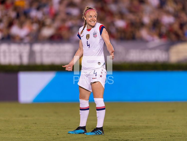 PASADENA, CA - AUGUST 4: Becky Sauerbrunn #4 goes forward during a game between Ireland and USWNT at Rose Bowl on August 3, 2019 in Pasadena, California.