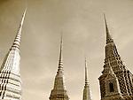 Chedi-Wat Pho-Bangkok