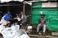 Nairobi .Una strada dello slum di Korogocho alla periferia di Nairobi     ..Nairobi: people in the street of Korogocho slum