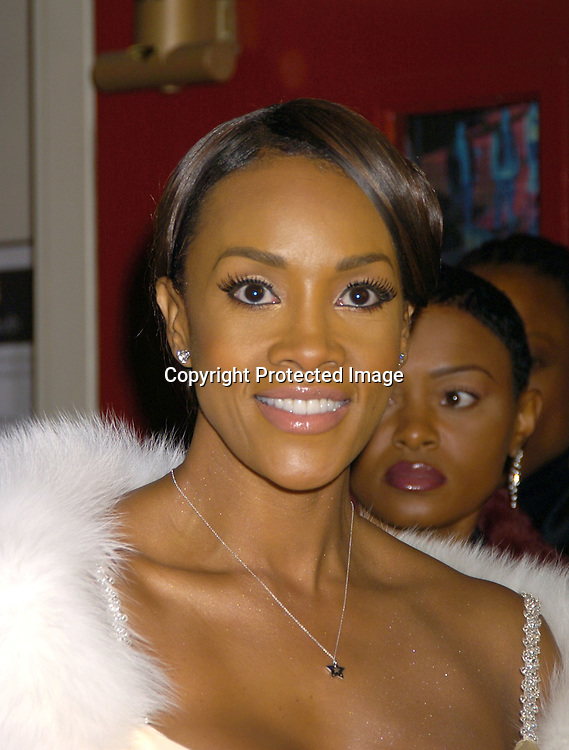 Viveca A Fox ..at the Wedding of Star Jones and Al Reynolds on November 13, 2004 at St Barts Church in New York City. ..Photo by Robin Platzer, Twin Images