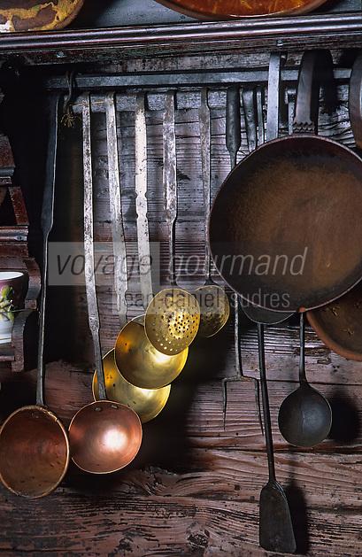 Europe/Autriche/Tyrol/Alpbach: Unterberg chalet décoration - Détail cuisine