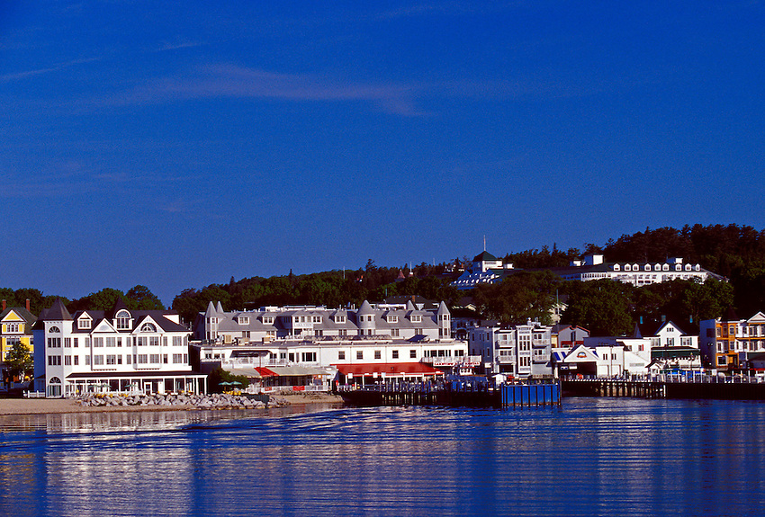VIEW FROM A FERRY AS IT APPROACHES MACKINAC ISLAND, MICHIGAN.