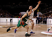 22nd March 2018, Wizink Centre, Madrid, Spain; Turkish Airlines Euroleague Basketball, Real Madrid versus Zalgiris Kaunas; Kevin Pangos (Zalgiris Kaunas) brings the ball foward against Fabien Causeur (Real Madrid Baloncesto)