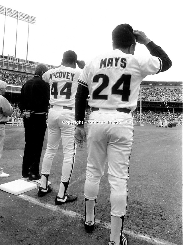 Willie McCovey and Willie Mays introduced at ceremony at Candlestick Park..(1986 photo/Ron Riesterer)