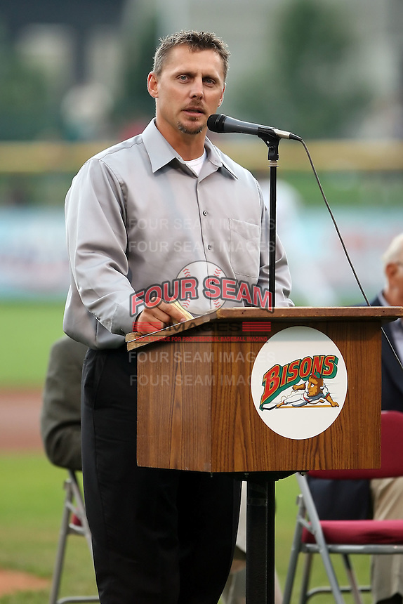 August 25th, 2007:  Bill Selby addresses the crowd while being inducted into the Buffalo Bisons Hall of Fame Induction at Dunn Tire Park in Buffalo, NY.  Photo by Mike Janes/Four Seam Images
