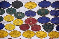 Europe/France/89/Yonne/L'Isle en Serein: Elevage Charolais de Jean-Louis Riotte - Plaques de concours agricole sur les murs de la ferme
