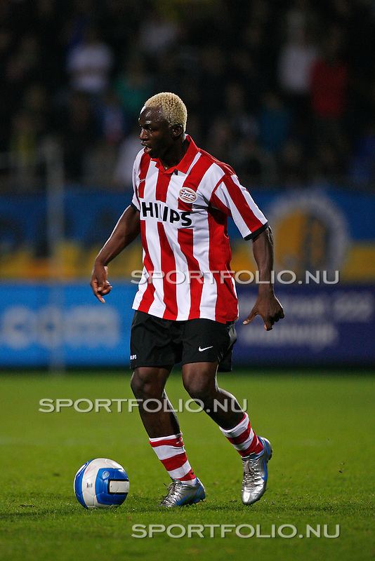 Nederland, Waalwijk, 28 oktober 2006 .Eredivisie .Seizoen 2006-2007 .RKC Waalwijk-PSV (0-3).Arouna Kone van PSV