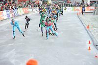 SCHAATSEN: NOORDLAREN: 18-01-2017, IJsvereniging De Hondsrug, de eerste marathon op natuurijs van 2017, Simon Schouten (#38), Jorrit Bergsma (#13), ©foto Martin de Jong