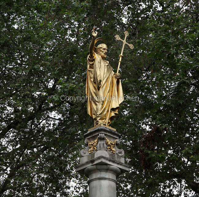 Statue of St Paul standing on a column, to the North East of St Paul's Cathedral, London, UK, 1675-1710, by Sir Christopher Wren. Memorial to the Richards family, benefactors of St Paul's Cathedral in the 19th-early 20th centuries. Picture by Manuel Cohen
