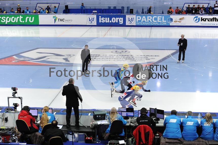 "SHORT TRACK: MOSCOW: Speed Skating Centre ""Krylatskoe"", 13-03-2015, ISU World Short Track Speed Skating Championships 2015, start 1000m Men, Nurbergen ZHUMAGAZIYEV (#139 | KAZ), Dmitry MIGUNOV (#154 | RUS), Sjinkie KNEGT (#148 | NED), Sebastien LEPAPE (#119 | FRA), ©photo Martin de Jong"