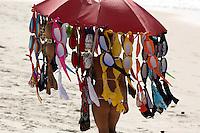 Rio de  janeiro,15 de  junho de 2012- Movimenta&ccedil;&atilde;o na  praia de Copacabana, na  manh&atilde;o  dessa  sexta-feira (15) na  capital  fluminense.<br /> Guto Maia Brazil Photo Press