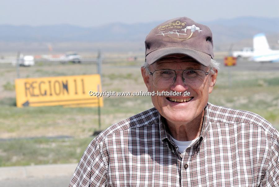 4415 / Carl Herold: AMERIKA, VEREINIGTE STAATEN VON AMERIKA, NEVADA,  (AMERICA, UNITED STATES OF AMERICA), 28.06.2006: Carl Herold auf dem Flugplatz Ely