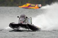Austin Cheatham (#5), Tracy Hawkins (#2)  (F1/Formula 1)