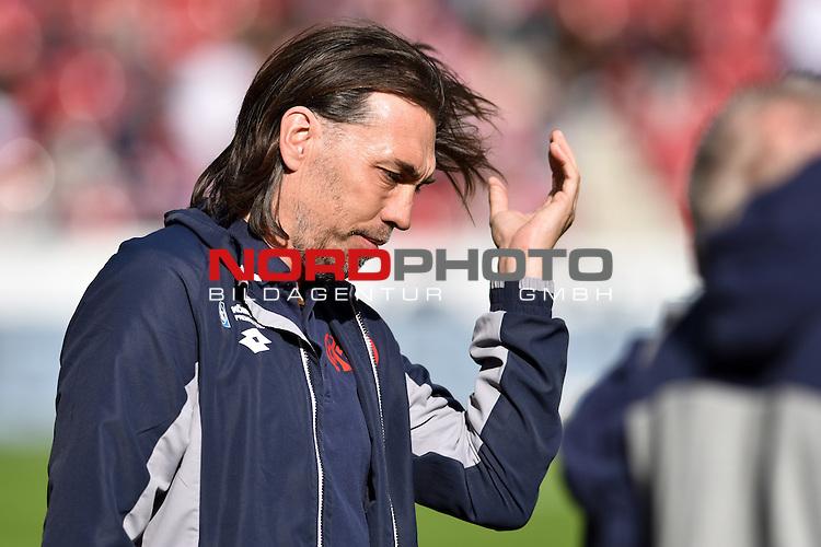 17.04.2016, Coface-Arena, Mainz, GER, 1. FBL, 1. FSV Mainz 05 vs. 1. FC Koeln, im Bild: Wind in den Haaren von Martin Schmidt (Trainer, FSV Mainz)<br /> <br /> Foto &copy; nordphoto / Fabisch