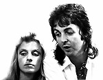Wings 1973 Linda McCartney and Paul McCartney backstageJuly 6th 1973 Birmingham<br /> &copy; Chris Walter