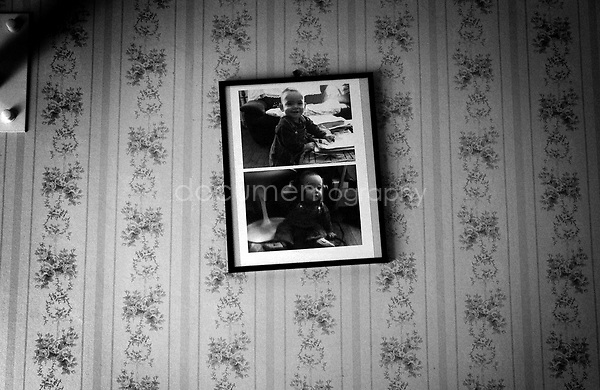 To make each room homely, we would bring family photos or flowers to my grandmother...© Magali Corouge/Documentography.2004-2006.France