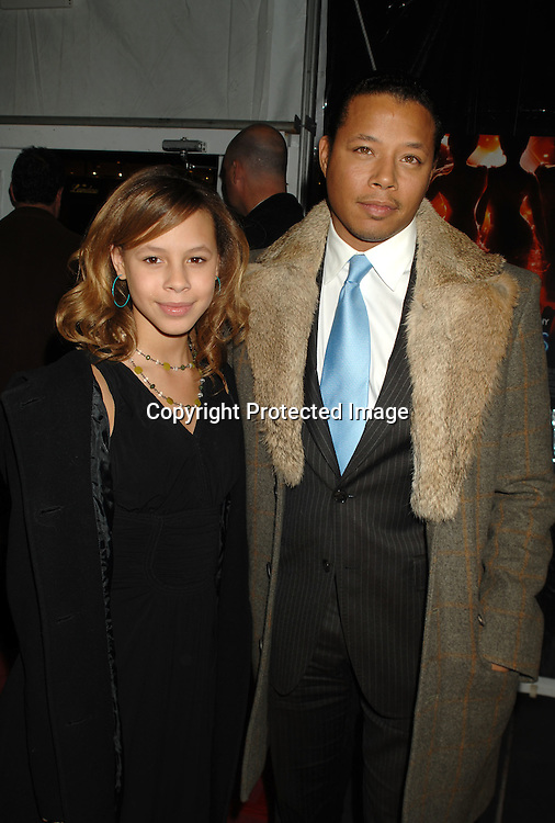"Aubrey and Terrence Howard..arriving at The World Premier of ""Dreamgirls"" on ..December 4, 2006 at The Ziegfeld Theatre in New York, ..Roibn Platzer, Twin Images"
