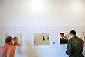 The last draft. Morning at the barracs.Bartoszyce, Poland, June 2008.(Photo by Piotr Malecki / Napo Images)<br /> Ostatni pobor.Poranek w jednostce w Bartoszycach.5/2008 po prawej Andrzej Kasprzak.<br /> Fot: Piotr Malecki / Napo Images