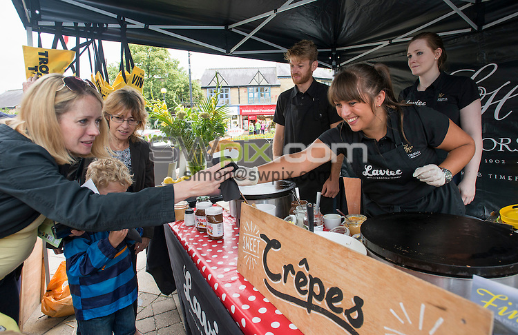 Picture by Allan McKenzie/SWpix.com -  05/07/2014 - Cycling - Tour de France 2014 Grand Depart - Stage 1, Leeds to Harrogate - Yorkshire, England - The Lister Horsfall Crepe stand in Ilkley.