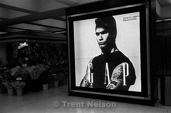 Henry Rollins GAP ad. Leica hip shots on the street.<br />