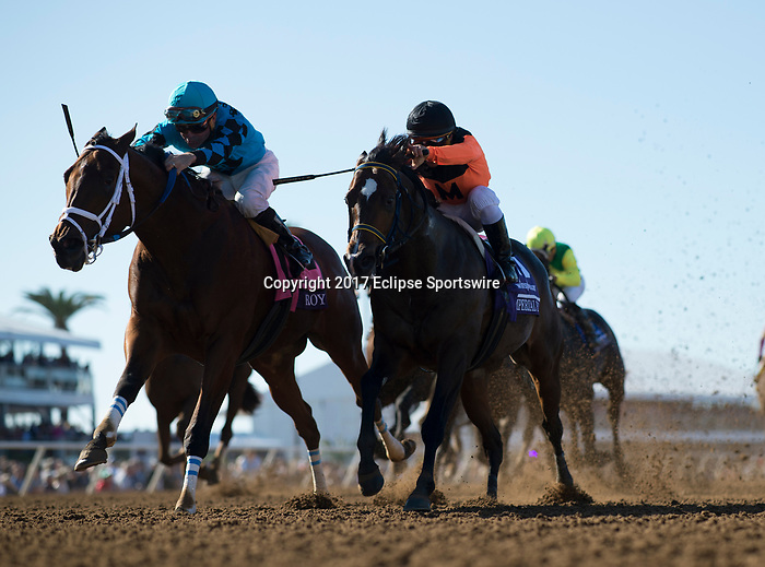 DEL MAR, CA - NOVEMBER 04: Roy H #8, ridden by Kent J. Desormeaux, leads during the TwinSpires Breeders' Cup Sprint race on Day 2 of the 2017 Breeders' Cup World Championships at Del Mar Racing Club on November 4, 2017 in Del Mar, California. (Photo by Alex Evers/Eclipse Sportswire/Breeders Cup)