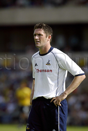 20th July 2003: Portrait of ROBBIE KEANE, Oxford United 0 v TOTTENHAM HOTSPUR 3, Pre-Season Friendly, Kassam Stadium. Photo: Glyn Kirk/Action Plus...2003 .Soccer Football.Footballer footballers player players .030720 portraits