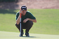 Anders Hansen lines up his putt on the 5th green during Day 1 of the Dubai World Championship, Earth Course, Jumeirah Golf Estates, Dubai, 25th November 2010..(Picture Eoin Clarke/www.golffile.ie)