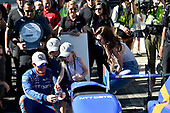 Verizon IndyCar Series<br /> Indianapolis 500 Qualifying<br /> Indianapolis Motor Speedway, Indianapolis, IN USA<br /> Saturday 20 May 2017<br /> Scott Dixon, Chip Ganassi Racing Teams Honda with the Verizon P1 Pole Award flag, daughters Poppy and Tilly, wife Emma, and team. <br /> World Copyright: Scott R LePage<br /> LAT Images<br /> ref: Digital Image lepage-170521-indy-4912
