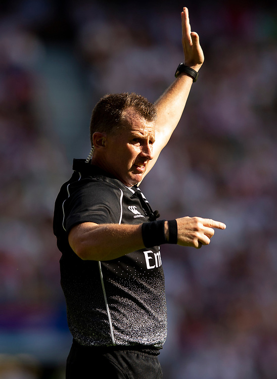Referee Nigel Owens<br /> <br /> Photographer Bob Bradford/CameraSport<br /> <br /> Quilter Internationals - England v Ireland - Saturday August 24th 2019 - Twickenham Stadium - London<br /> <br /> World Copyright © 2019 CameraSport. All rights reserved. 43 Linden Ave. Countesthorpe. Leicester. England. LE8 5PG - Tel: +44 (0) 116 277 4147 - admin@camerasport.com - www.camerasport.com