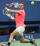 Rafael Nadal defeats Mayer