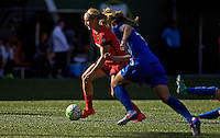 Portland, Oregon - Sunday September 4, 2016: Portland Thorns FC midfielder Lindsey Horan (7) during a regular season National Women's Soccer League (NWSL) match at Providence Park.
