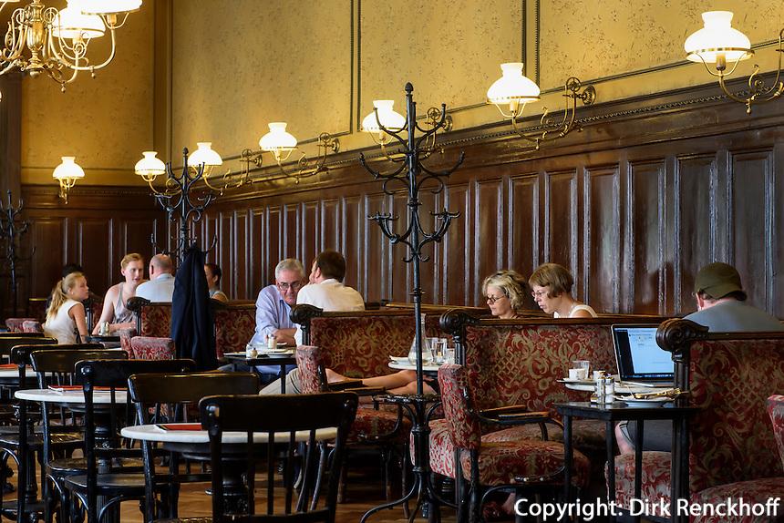Kaffeehaus Sperl Gumpendorfer Str.11, Wien, &Ouml;sterreich, UNESCO-Weltkulturerbe<br /> Kaffeehaus Sperl, Gumpendorfer Str. 11, Vienna, Austria, world heritage
