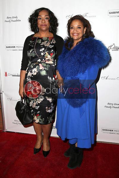Shonda Rhimes, Debbie Allen<br /> at Debbie Allen's &quot;Freeze Frame&quot; U.S. Premiere, Wallis Annenberg Center for the Performing Arts, Beverly Hills, CA 02-04-16<br /> David Edwards/DailyCeleb.Com 818-249-4998