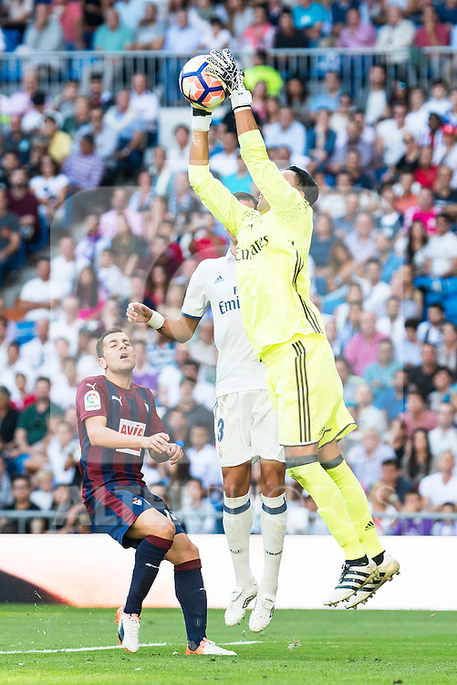 Real Madrid's player Keylor Navas during a match of La Liga Santander at Santiago Bernabeu Stadium in Madrid. October 02, Spain. 2016. (ALTERPHOTOS/BorjaB.Hojas)